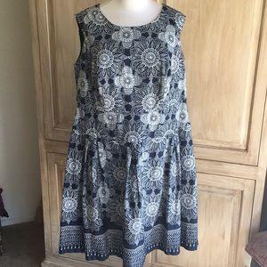 Dressbarn Blue Flowered Pattern Dress - Sz 14W